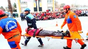 Bağcılar'da 7 şiddetinde deprem tatbikatı