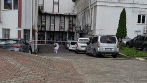 Hayrat'ın Gülderen Mahallesi'nde meydana gelen silahlı kavgada 4 kişi hayatını kaybetti