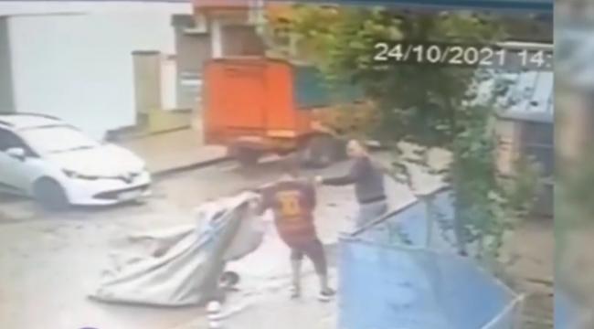 Hırsız'ı Suç Üstü Yakaladı Tekme Tokat Dövdü
