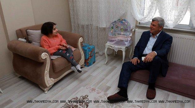 'Hayata, Kübra kızımız gibi gönül gözüyle bakabilmeliyiz''