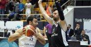 Nefes kesen maçın galibi Türk Telekom